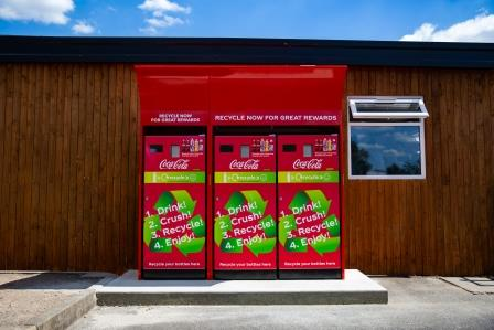 Coca-Cola GB launches reverse vending machine trial with Merlin Entertainments (1)